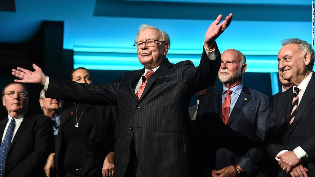 Warren Buffett has the right answer to crony capitalism: women (opinion) -  CNN