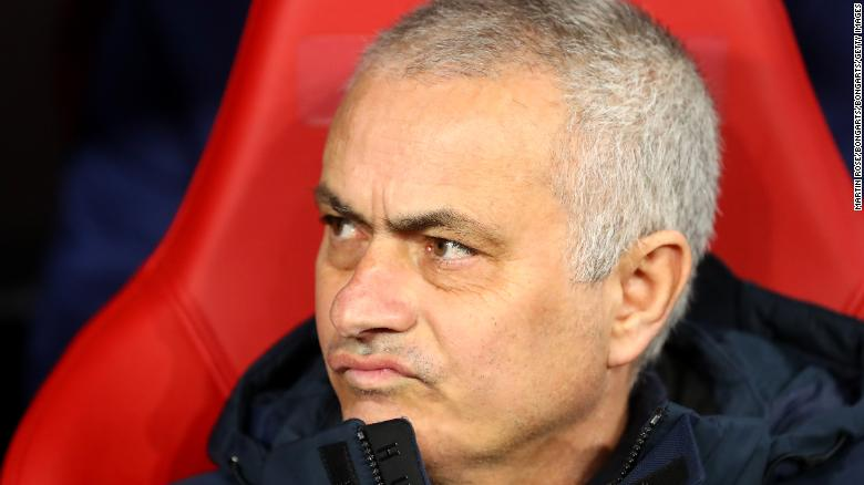 Jose Mourinho เป็นภาพที่ฝึกซ้อมที่สวนสาธารณะในท้องถิ่น