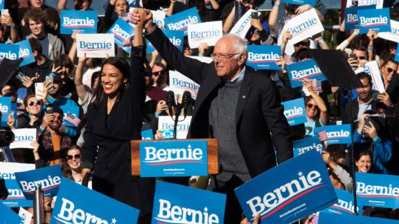 US Rep. Alexandria Ocasio-Cortez introduces Sanders at a New York rally after endorsing him for president in October 2019.