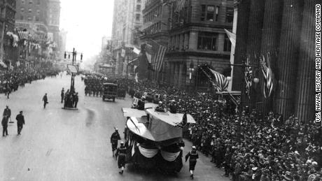 Philadelphia didn't cancel a parade in 1918. The results were devastating