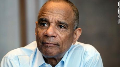 Former Amex CEO Kenneth Chenault is joining Berkshire Hathaway's board.