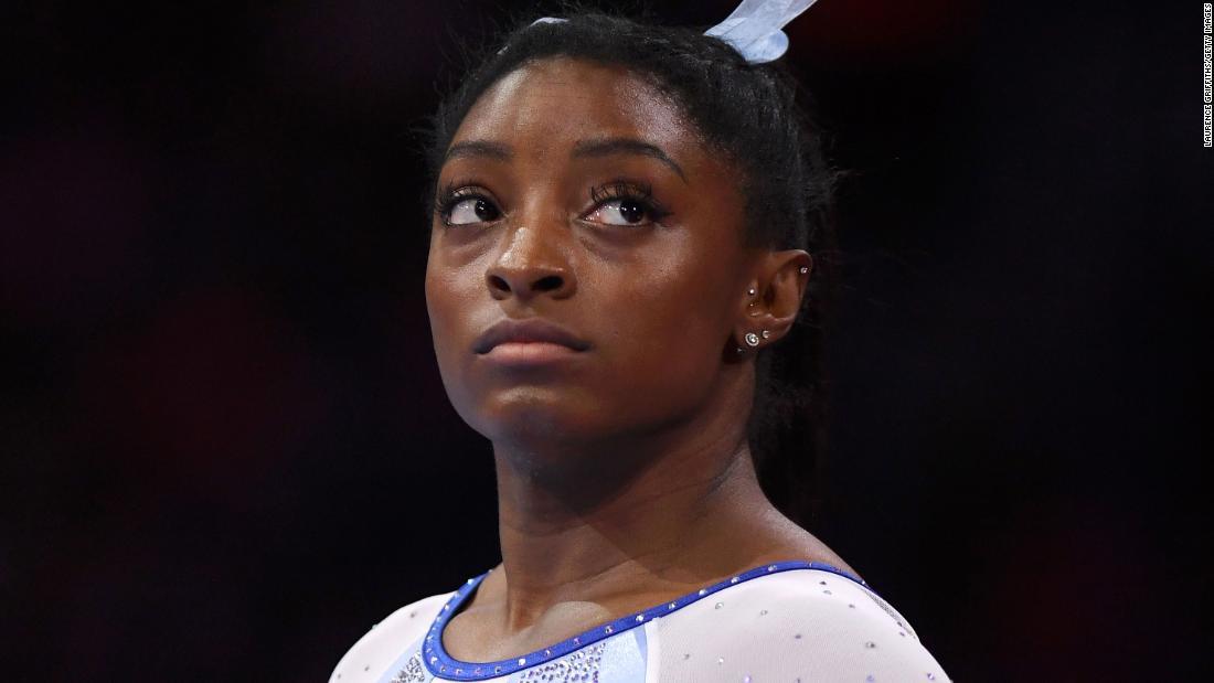 Simone Gallenflüssigkeit klatscht zurück auf USA Gymnastics, nachdem Sie wünschen Ihr happy birthday