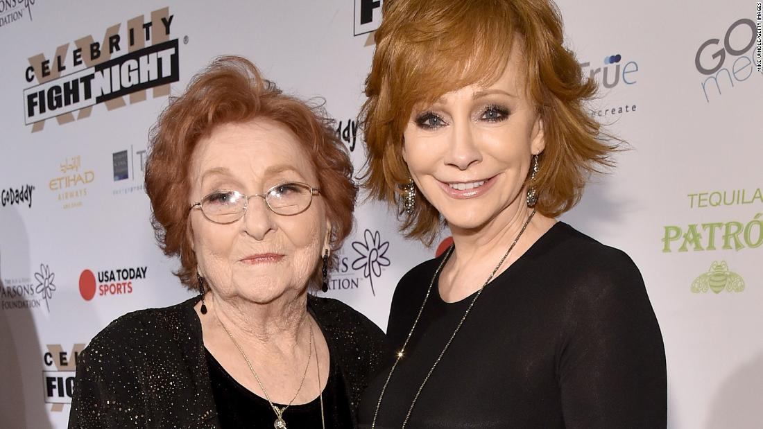 Reba McEntire mourns the death of her mother Jacqueline