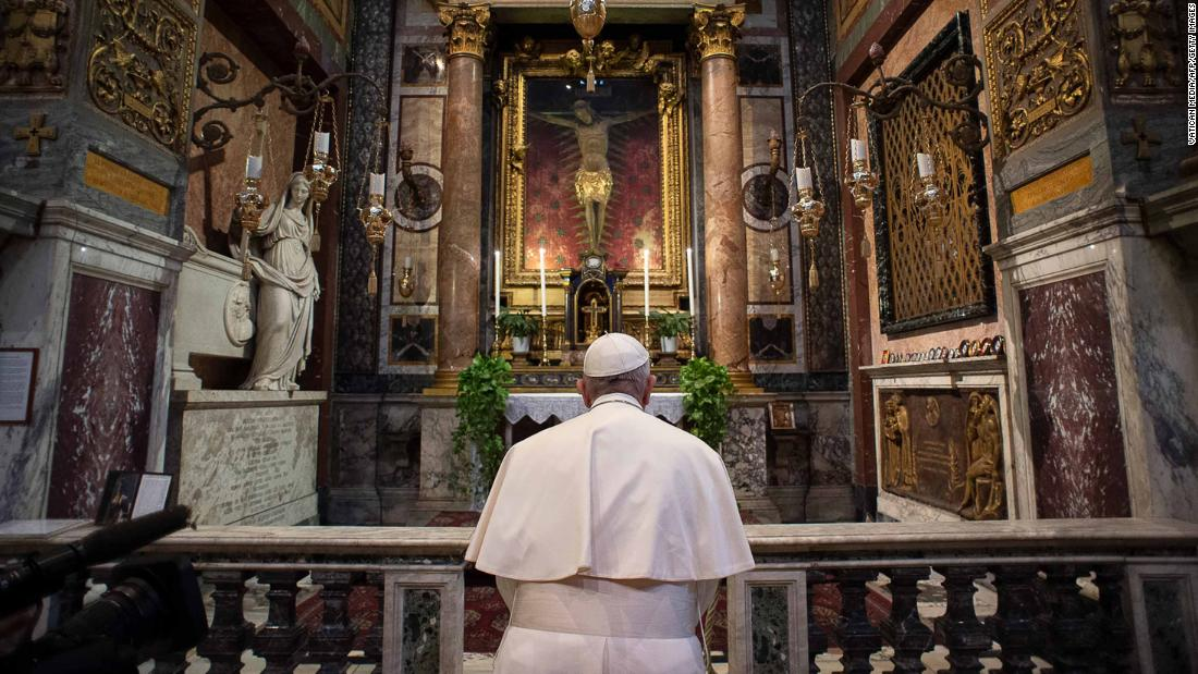 "Pope Francis, inside the Church of San Marcello in Rome's city center,<a href=""https://edition.cnn.com/2020/03/16/europe/pope-francis-prayer-coronavirus-plague-crucifix-intl/index.html"" target=""_blank""> prays at a famous crucifix</a> that believers claim helped to save Romans from the plague in 1522."
