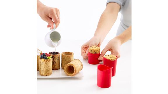Lekue USA Milk & Cookies Shot Glass Making Kit