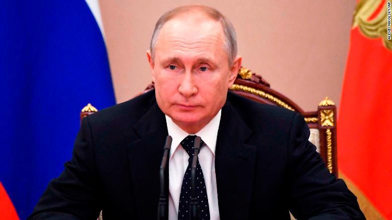 Presidenti rus Vladimir Putin iu përgjigj kritikave për numrin e rasteve të regjistruara.