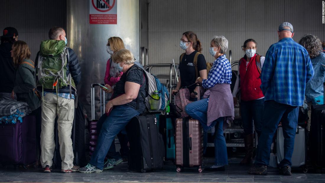State Department sagt, dass es abgerufen über 18.000 US-Bürger im Ausland gestrandet inmitten der Corona-Virus-Pandemie