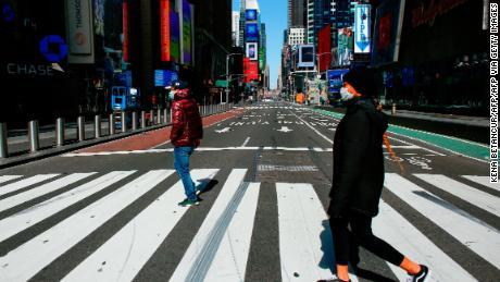 Nueva York se convierte en el epicentro de la pandemia del coronavirus en  EE.UU. - CNN Video