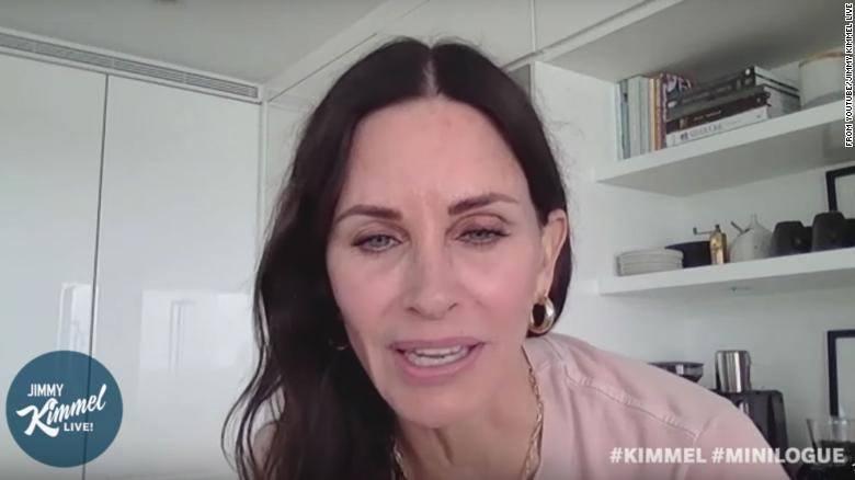 Courteney Cox Says She Doesn T Even Remember Being On Friends Cnn