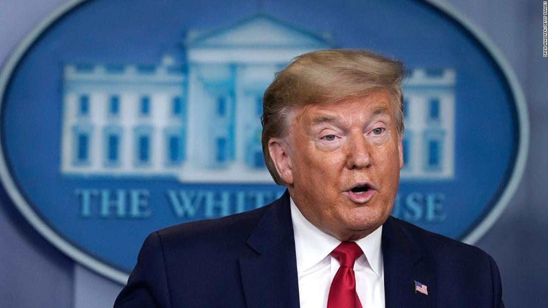 Γεγονός, ελέγξτε: Trump προφέρει σειρά από ψευδείς ισχυρισμούς σε ενημέρωση