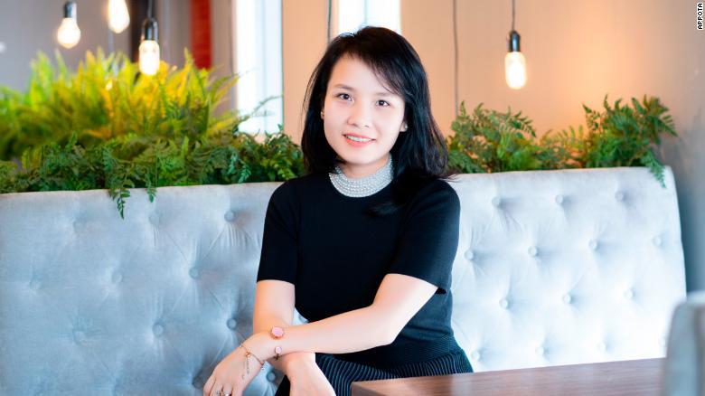 Nguyen Thuy Lien.