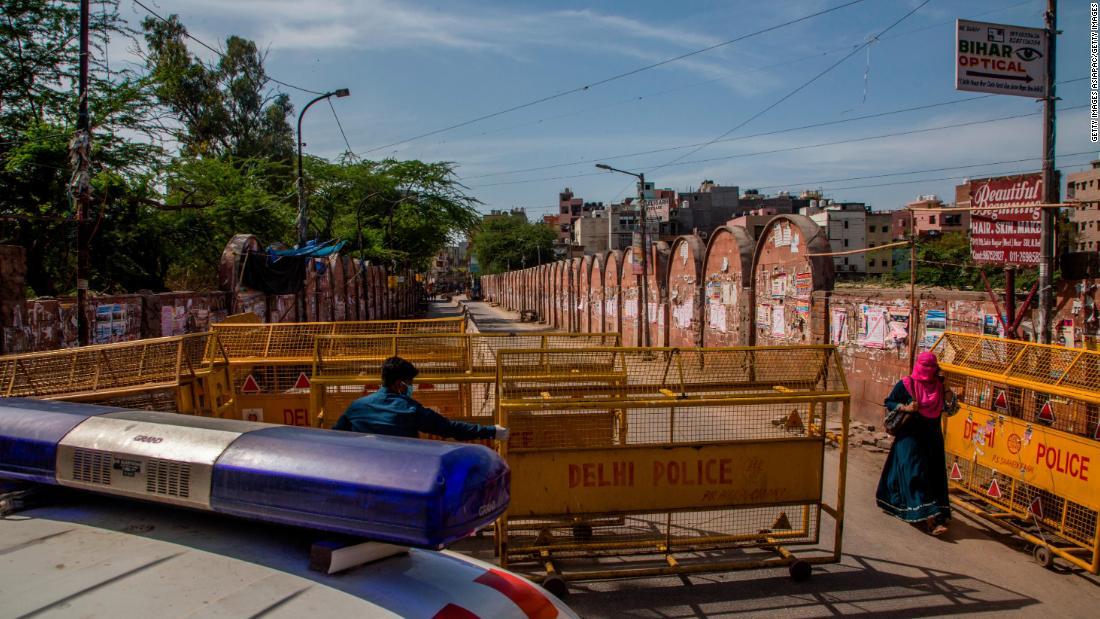Ινδική μεταναστών εργαζομένων θα μπορούσε να υπονομεύσει το μεγαλύτερο στον κόσμο κλείδωμα