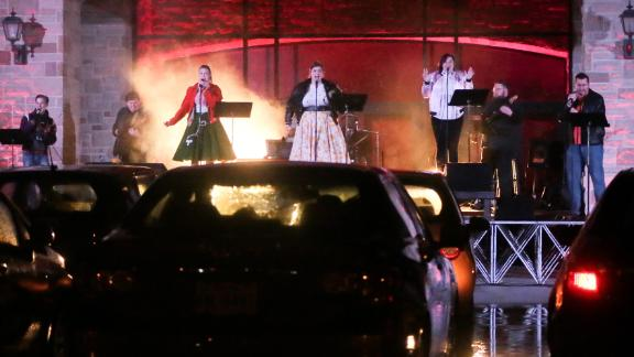 Image for Theater turns parking lot into free drive-in performance