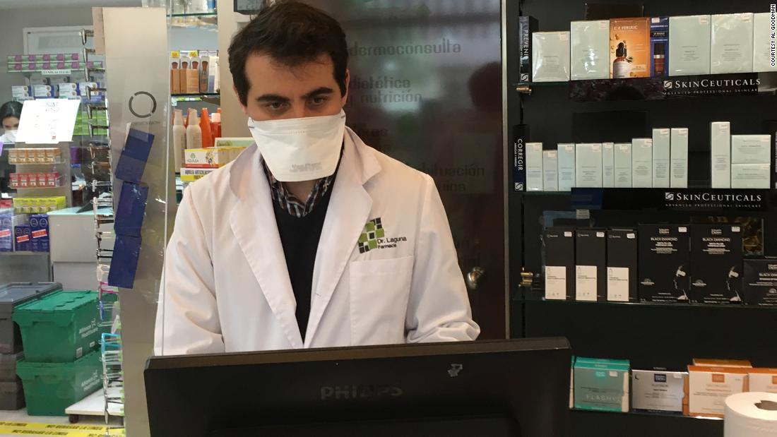 Ισπανία μάχεται μαυραγορίτες και τιμή gougers