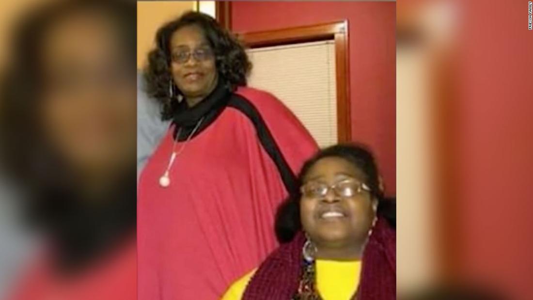 Δύο αδελφές πέθαναν μέρες εκτός από coronavirus. Η οικογένειά τους δεν δείτε τις τελευταίες στιγμές