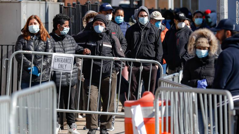White House task force could soon recommend Americans wear masks ...