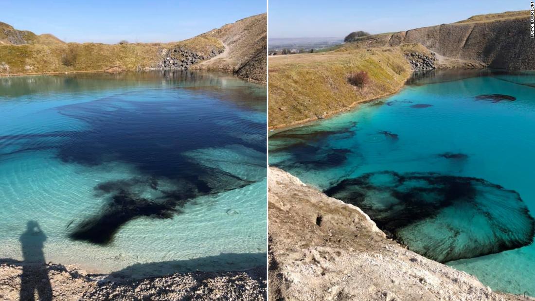 Die Polizei in England Farbstoff der 'Blauen Lagune' schwarz Abschreckung der Besucher während der coronavirus-lockdown
