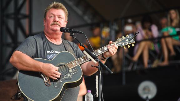 Image for Country music star Joe Diffie dies of complications from coronavirus