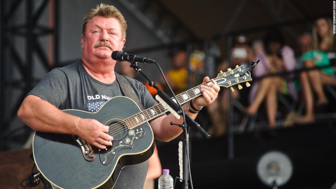 Country-Sänger sind der Trauer über den Tod von Joe Diffie