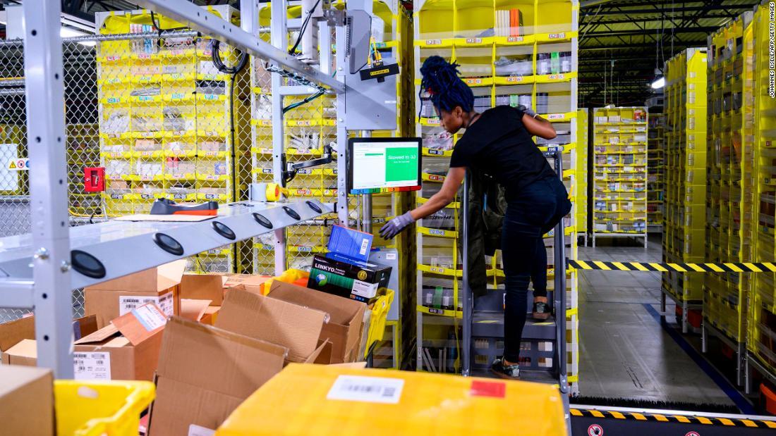 Amazon εργαζομένων για να οργανώσει μια απεργία τη δευτέρα, απαιτώντας το κλείσιμο του Staten Island εγκαταστάσεις