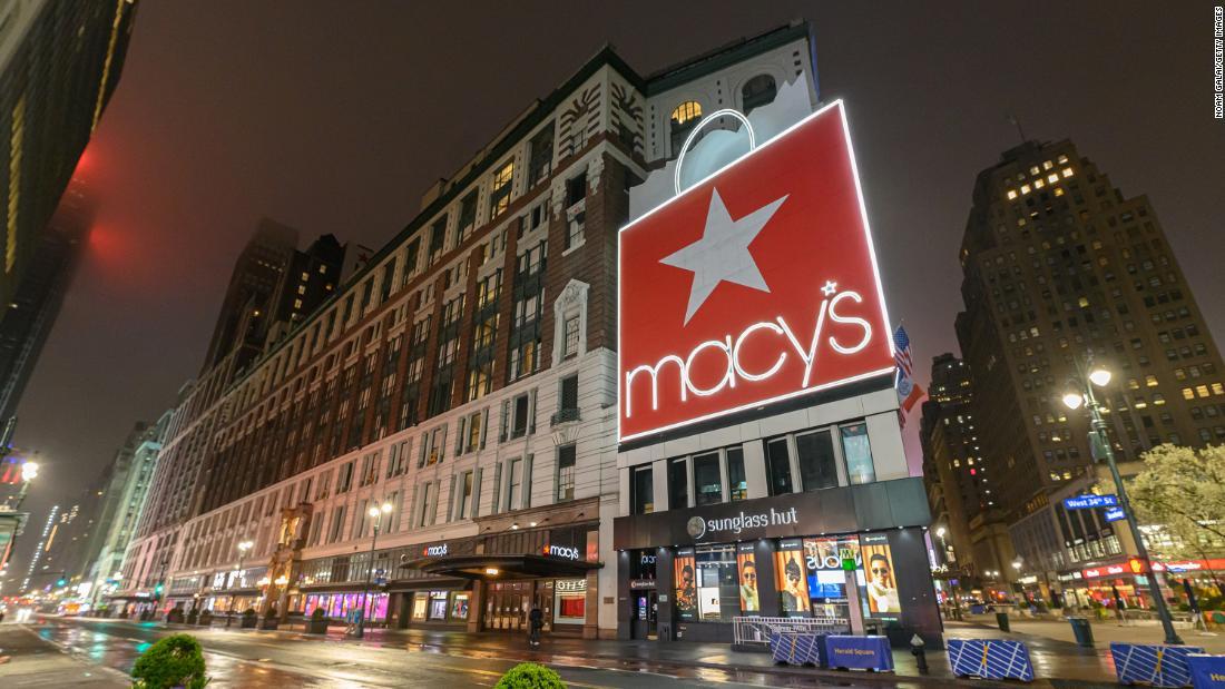 Macy ' s wird Urlaub die Mehrheit der als 125.000 Mitarbeiter
