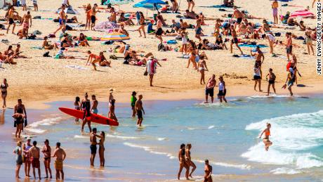 People flocked to Bondi Beach in Sydney, Australia on March 20 during the coronavirus outbreak. Auhtorities later closed the beach off to the public.