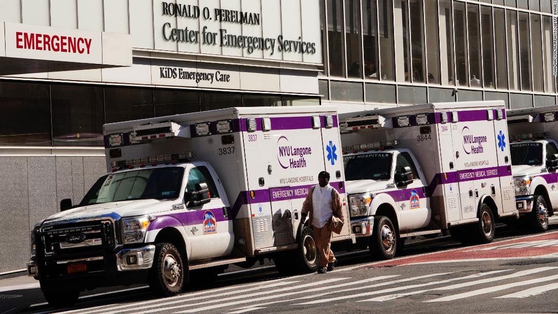 NYU Langone sagt der Notarzt zu überlegen, wer bekommt intubiert, WSJ-Berichte