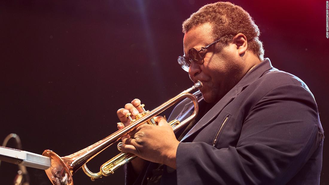 Το θρυλικό τζαζ τρομπετίστα Wallace Roney πεθαίνει από επιπλοκές από coronavirus