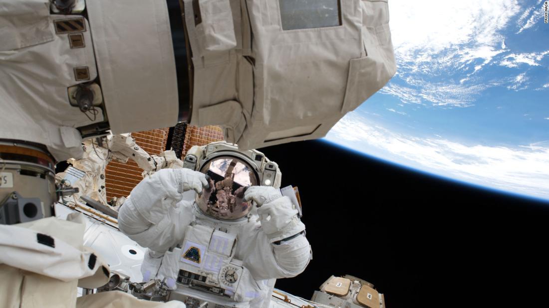Anak anda dapat menjadi seorang astronot dan menjelajahi ruang angkasa dari NASA