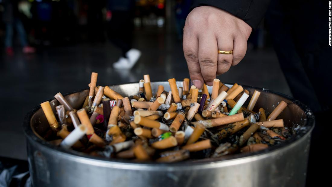 200401132842 01 cigarettes ash tray file super tease