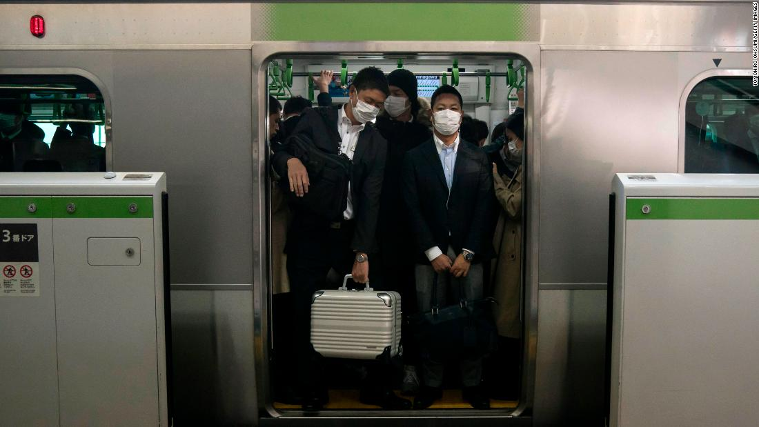 Even in a pandemic, the Japanese likely won't stay home until Abe makes them