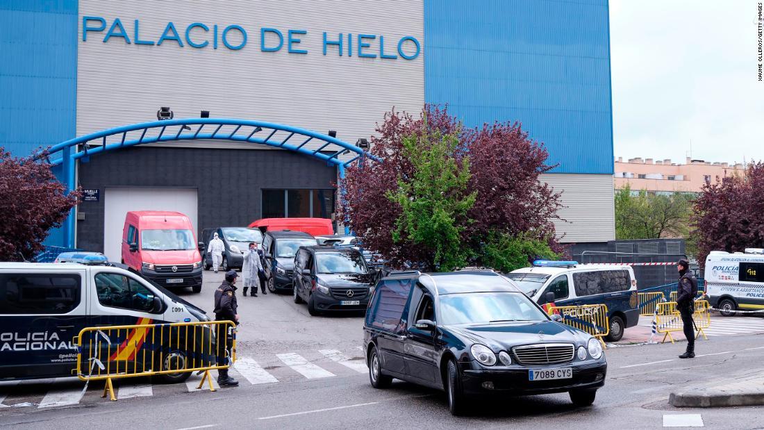 Spanyol coronavirus kematian korban menunjukkan tanda-tanda merata