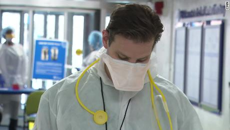 Dentro de um ER durante o surto de coronavírus