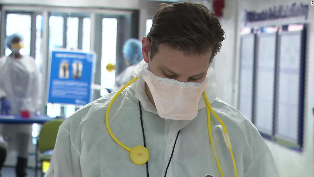 Sekitar 40 menit dalam satu ini ER, enam pasien pergi ke serangan jantung. Empat meninggal. Jarang melihat apa yang coronavirus lakukan untuk ribuan orang Amerika.