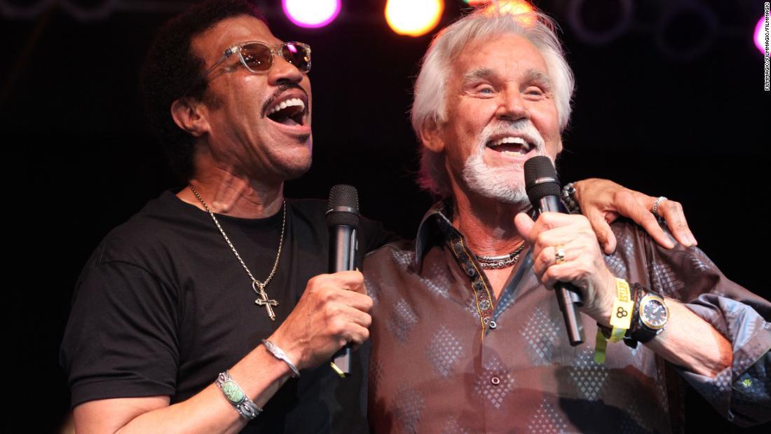 Lionel Richie erinnert sich sein Freund Kenny Rogers