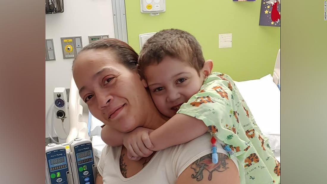 Ein 6-jähriger junge bekam ein neues Herz, nach 4 Jahren auf der transplant-Liste