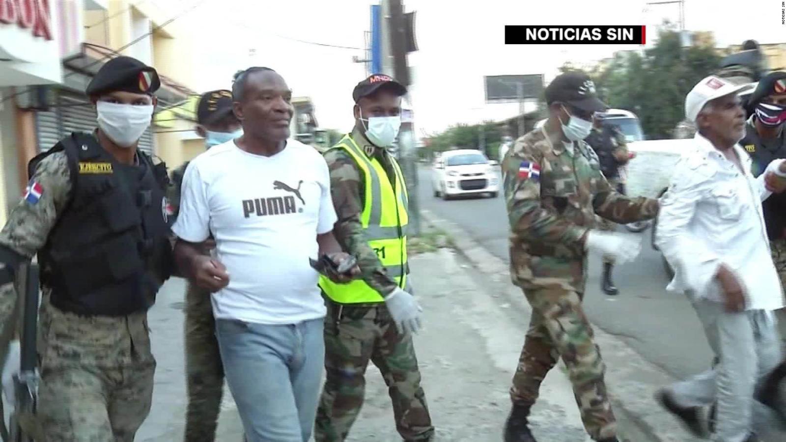 Detienen A Miles En Republica Dominicana Por Violar Toque De Queda Y Mueren Reos En Prision Por Covid 19 Cnn Video