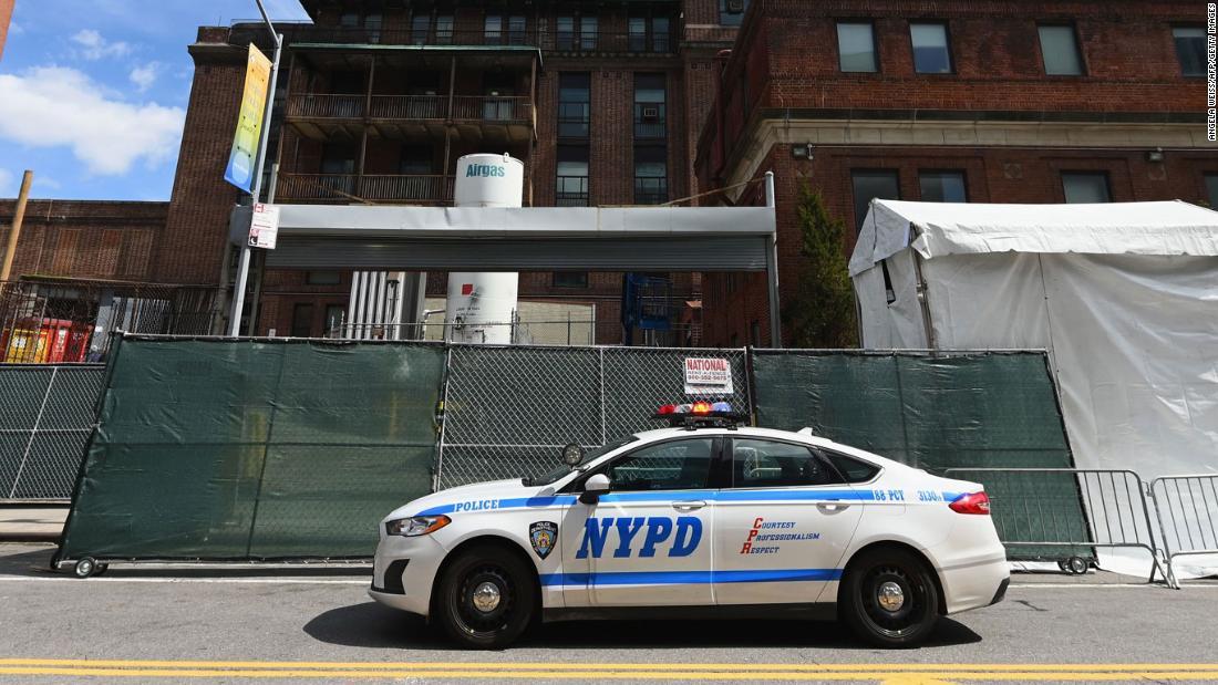 NYPD: 12 mati dari yang diduga coronavirus, hampir 20% dari berseragam tenaga kerja yang sakit