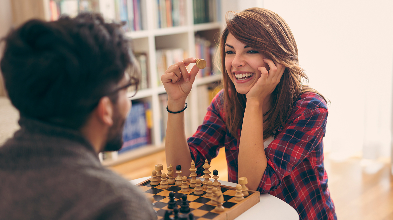 Fun Games For Couples 13 Games For Two To Play Indoors Cnn Underscored