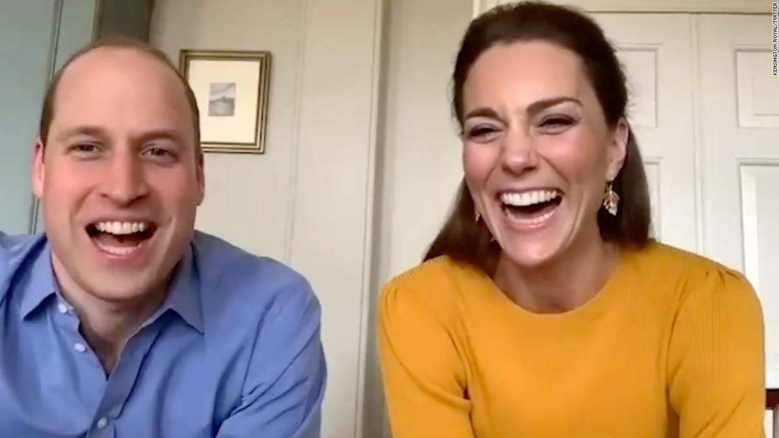 Pangeran William dan Kate panggilan video anak-anak di sekolah untuk meningkatkan semangat