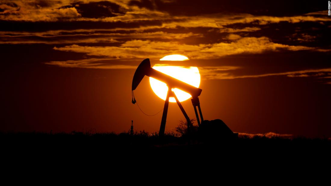 image of Global oil crisis: Bottom of the barrel is still unclear