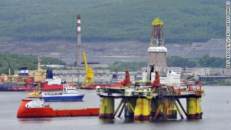 Marii producători de petrol participă la finalizarea reducerilor de producție