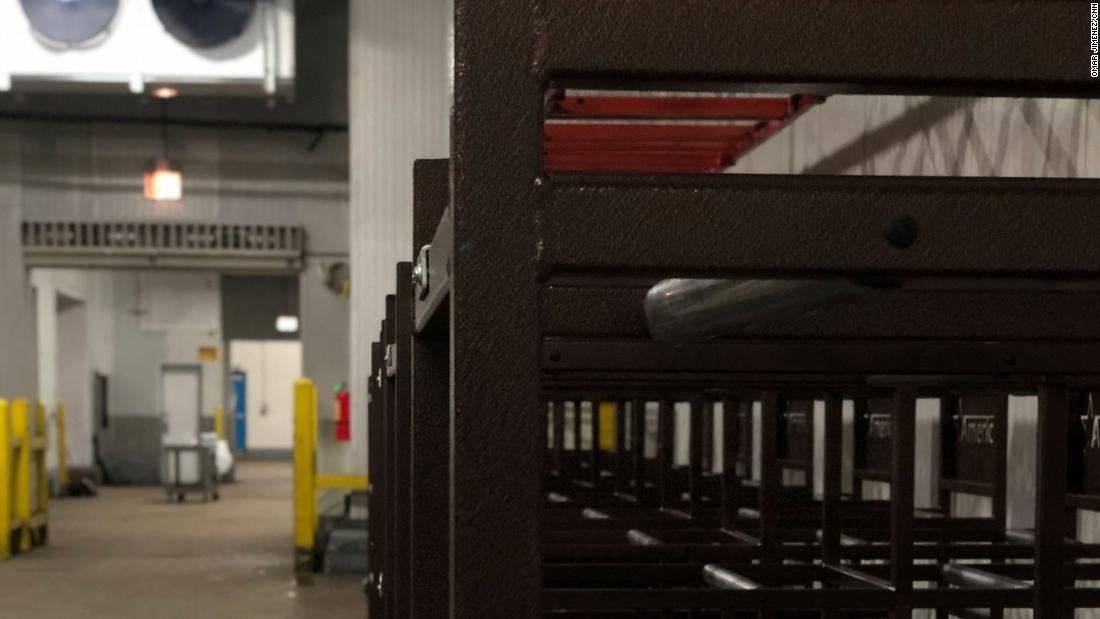 内部はシカゴの冷蔵倉庫機関