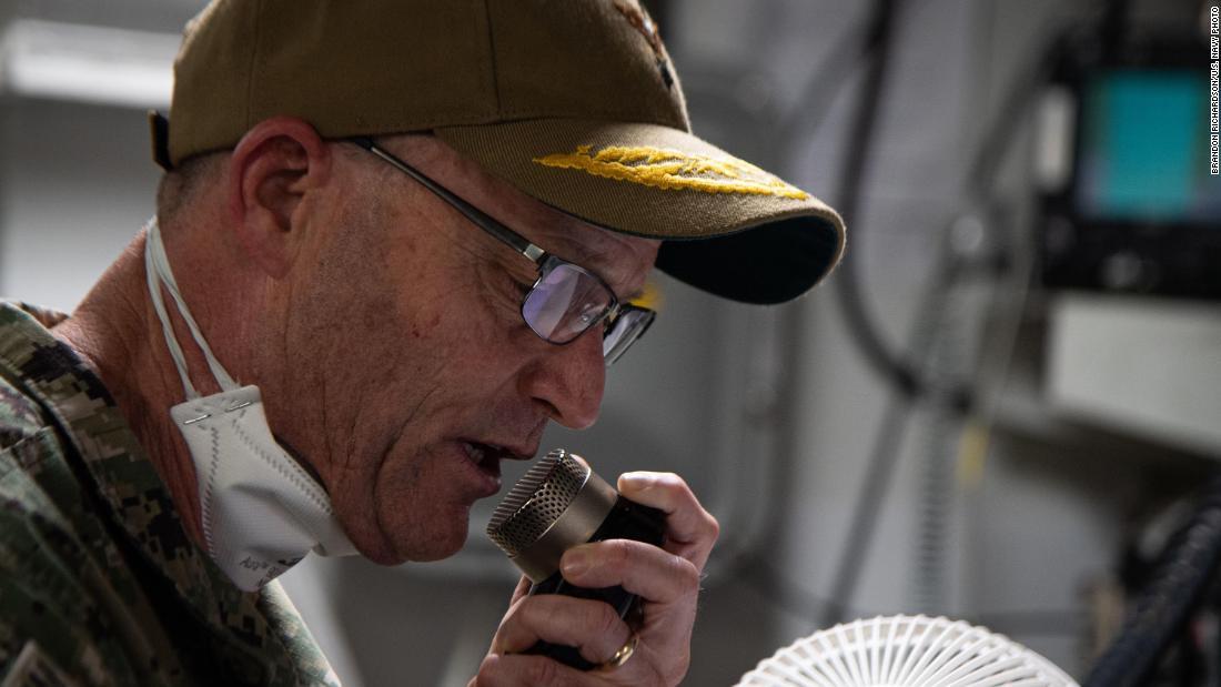 Exclusive: Navy commander says virus-struck aircraft carrier crew 'struggling' after captain's firing - CNNPolitics