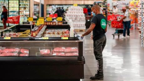 Black grocery workers feel increasingly vulnerable to coronavirus