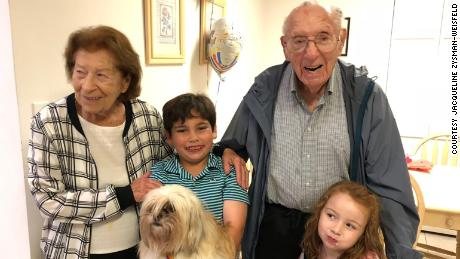 Philip Kahn with his late wife, Rose Kahn, and two of their great grandchildren.