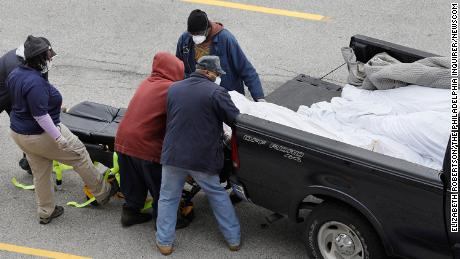 Bodies Transported To Philadelphia Medical Examiner In The Open Back Of A Pick Up Truck Cnn
