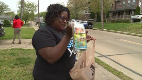 Shana Jones lost eight relatives and friends to the coronavirus, but that heartbreak motivated her to provide free food and supplies to her community during the pandemic.