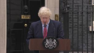 UK PM: Lifting lockdown early would 'risk a second major outbreak'
