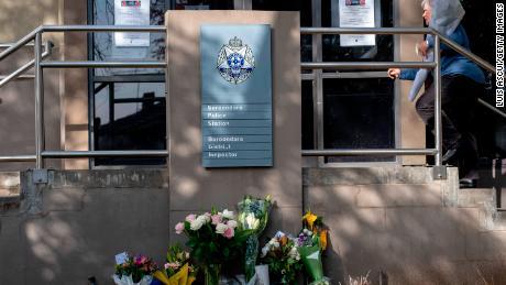 Un camionista australiano ha accusato in un incidente che ha ucciso quattro agenti di polizia e ha lasciato la nazione vacillante